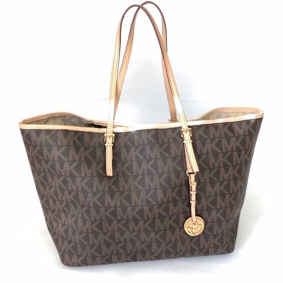 033be7286d Michael Michael Kors Shopper Tote Bag. M_5c62ebbc3c9844fb51bcec63